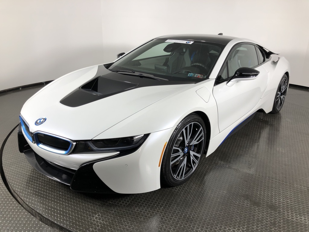 Pre-Owned 2016 BMW i8