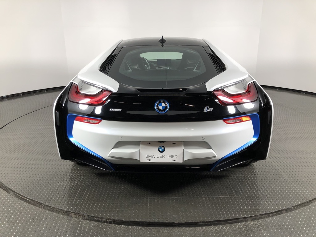 Certified Pre-Owned 2016 BMW i8